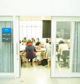情報デザイン棟ゼミ室